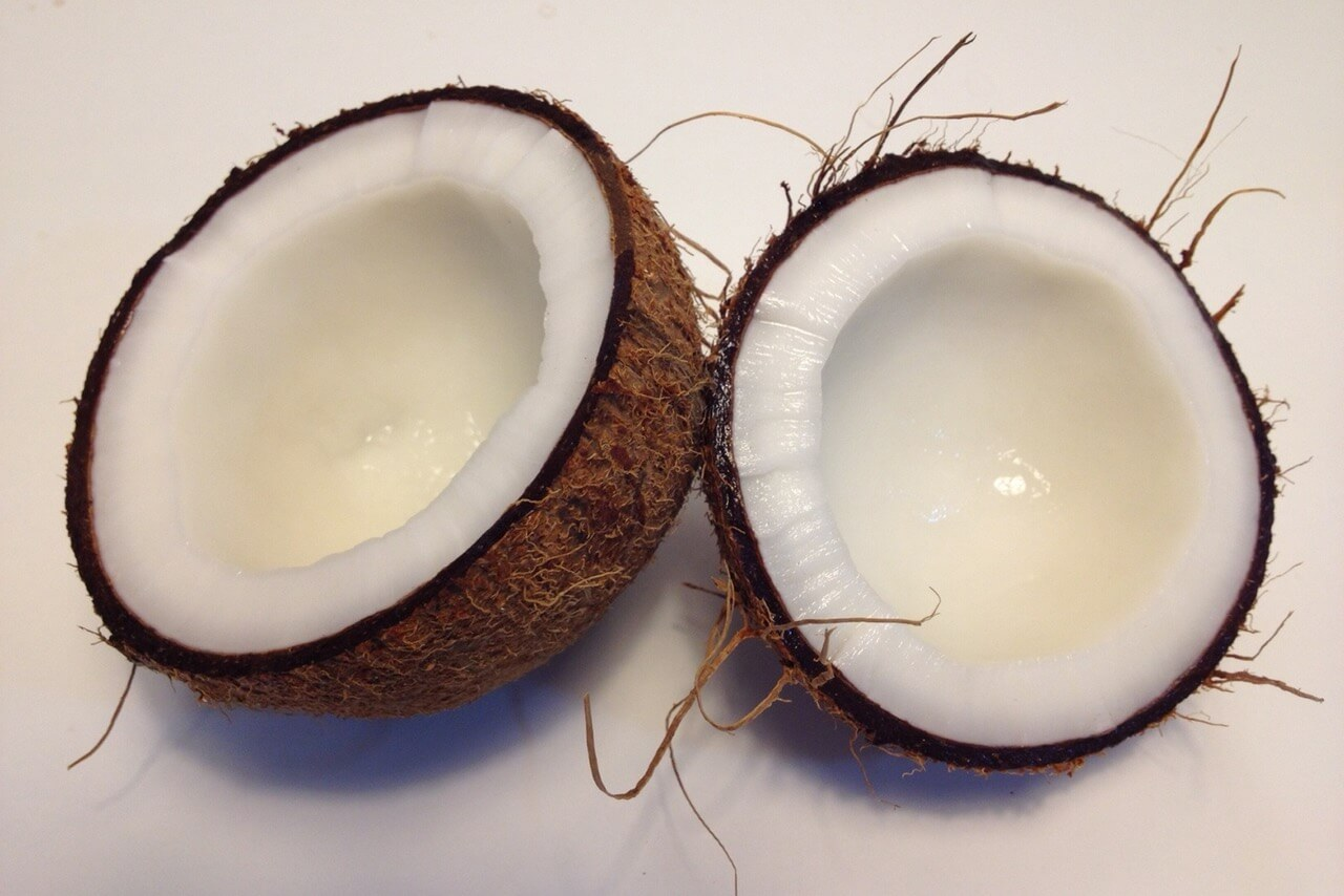 Cooking with Coconut Oil: 6 Ideas for Your Diet