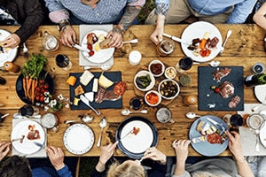 5 Ways to Stay Healthy at a Cook-Out